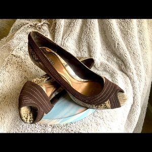 Unlisted Kenneth Cole Shoes High Heels Size 9